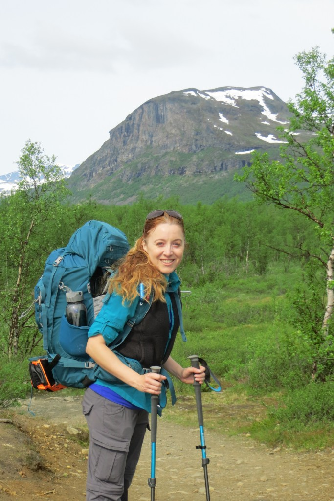 Katie Malik on the 19 kilometer trail from Nikkaluokta to Kebnekaise Fjällstationen. July 2015. Photo by David Robertson.